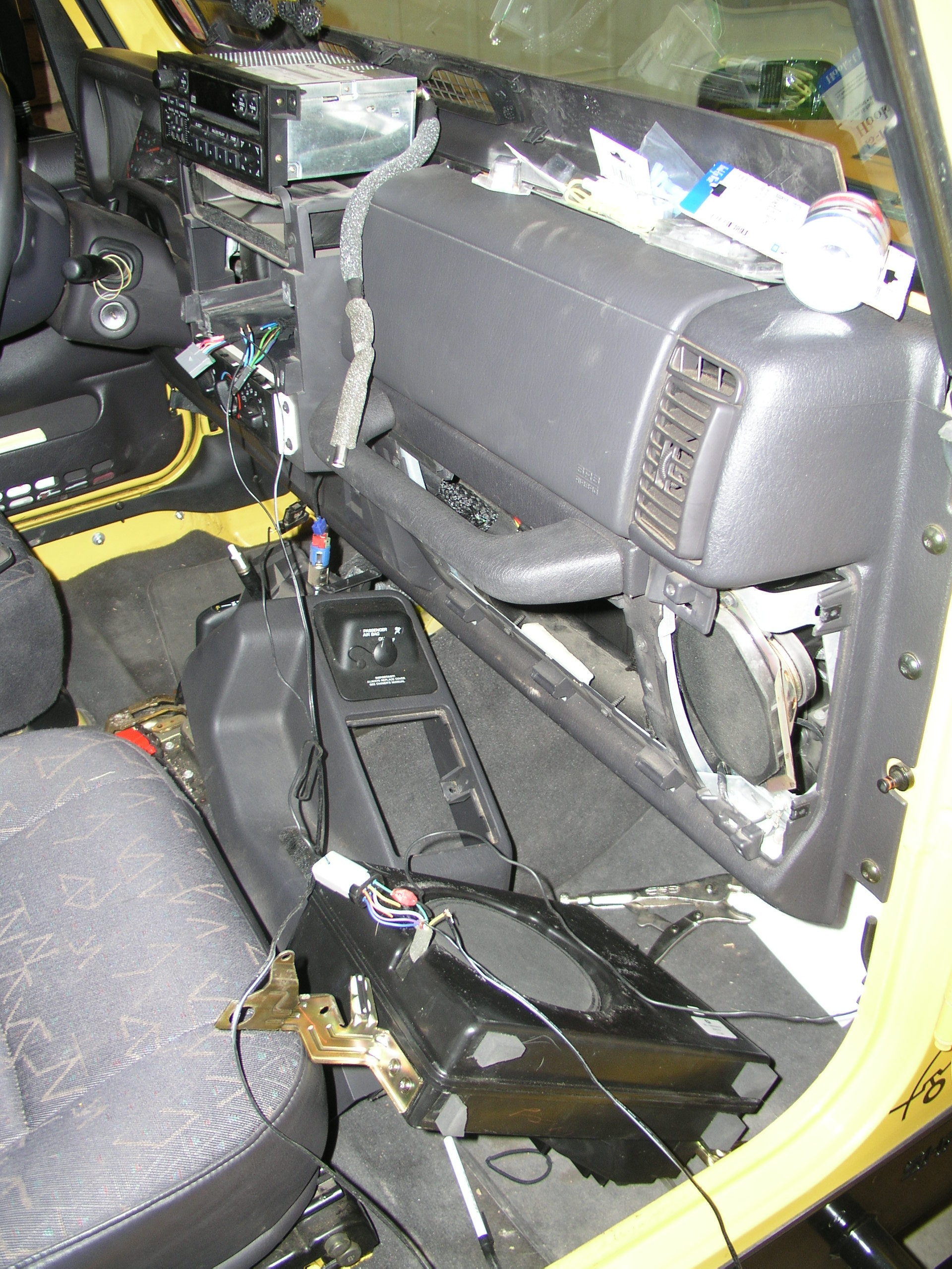 2005 jeep wrangler stereo with factory subwoofer wiring